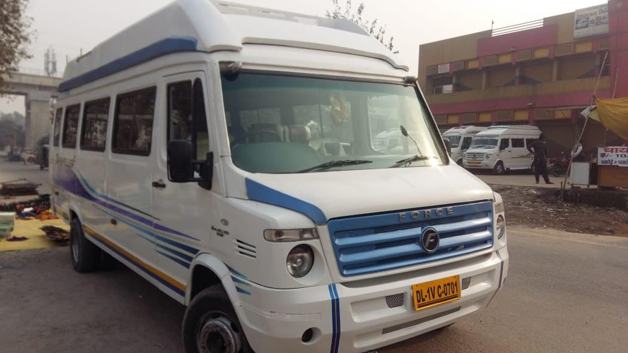20 Seater Normal Tempo Traveller