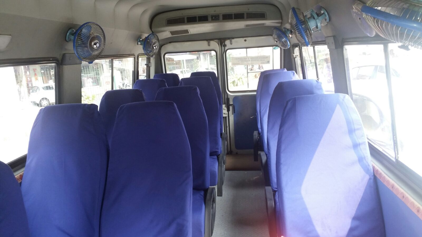 9  Seater Luxury Tempo Traveller Hire